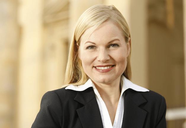 Prof. Dr. iur. Mandy Risch-Kerst
