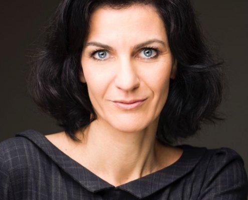 Eva Hüttl