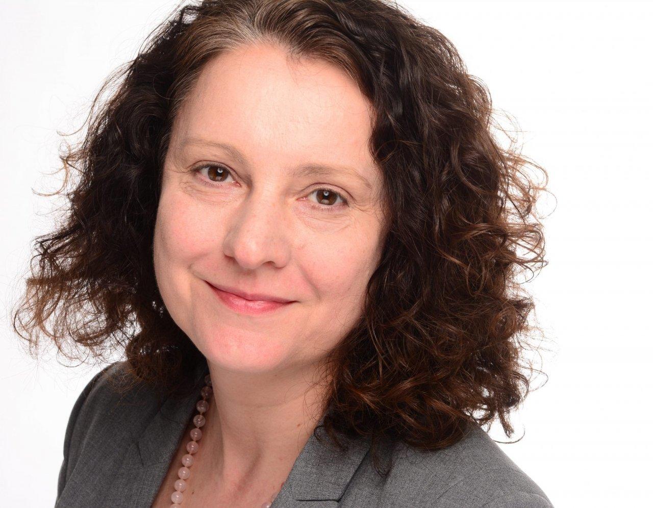 Dr. Stefanie Bergmann
